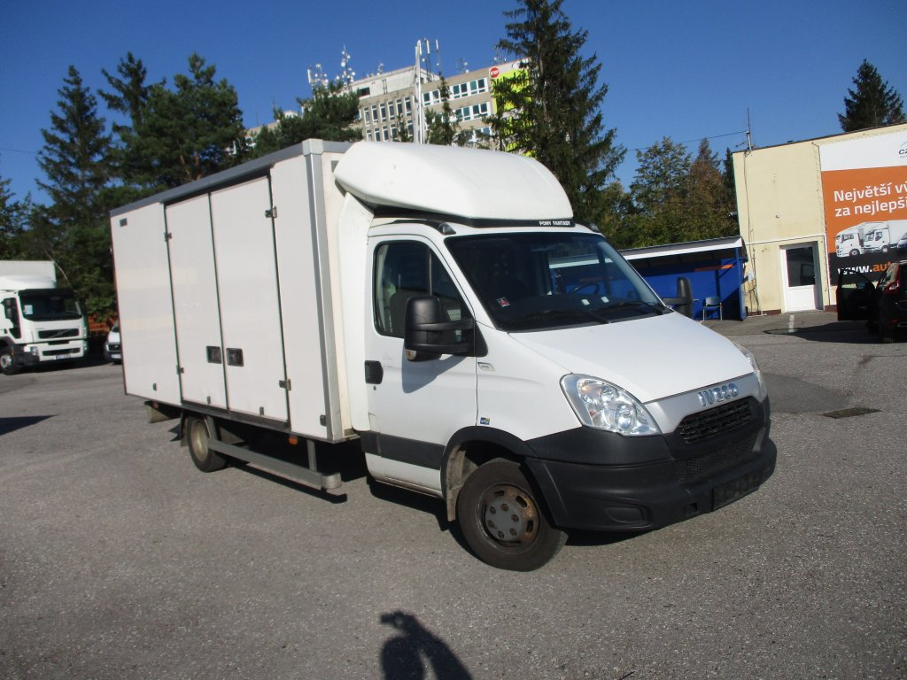 Iveco Daily 50C15 8 palet