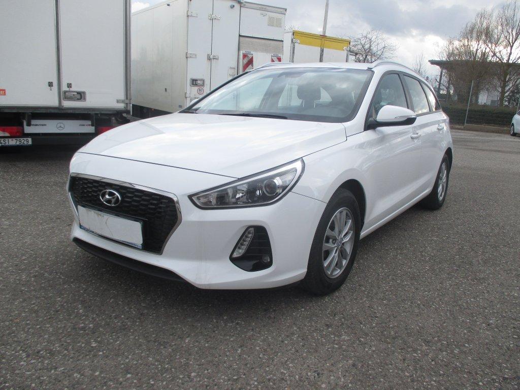 Hyundai i30 1.0 benzín