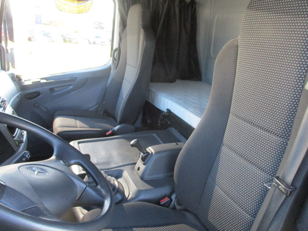 Mercedes-Benz  Atego 1222 1 lůžko