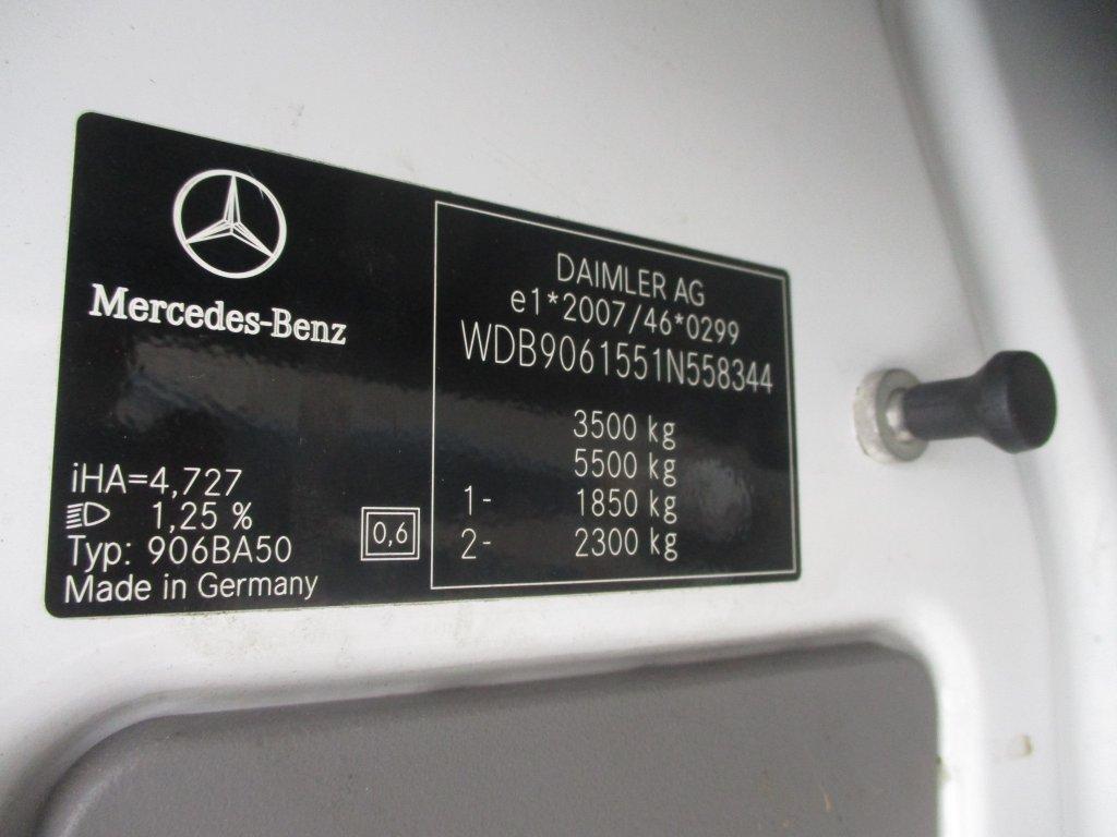 Mercedes-Benz Sprinter 516 CDI vzadu tupláky do 3,5t