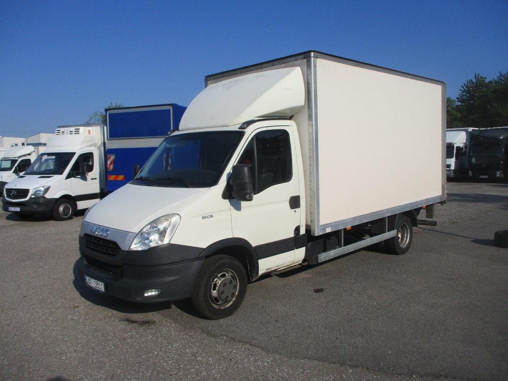 Iveco Daily 3,0l , 8 palet
