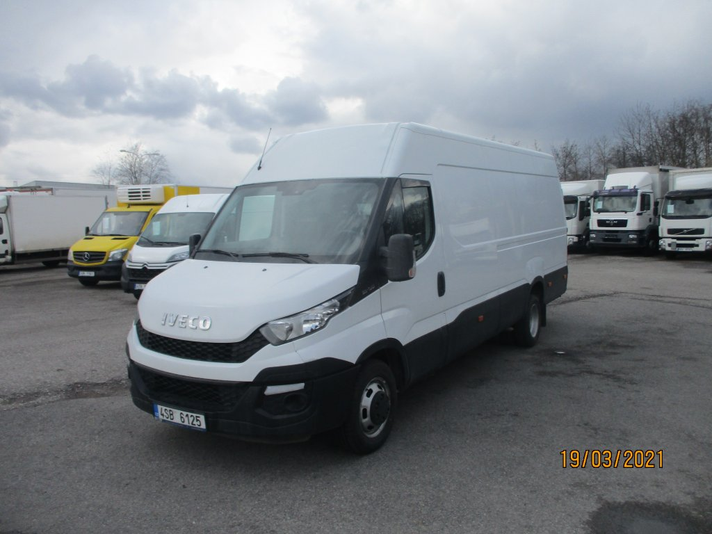 Iveco Daily 35C15 maxi