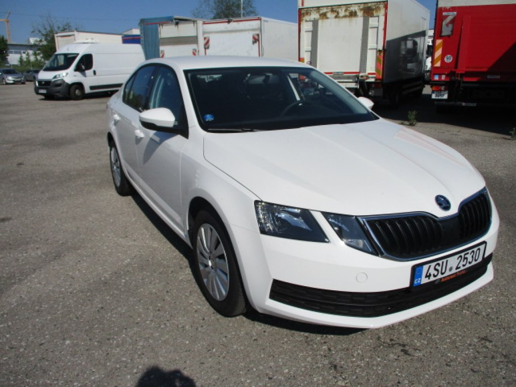 Škoda Octavia Sedan 1.5 TSi / 110 kw Active Plus