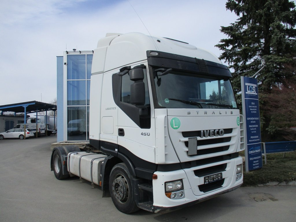Iveco  440S45