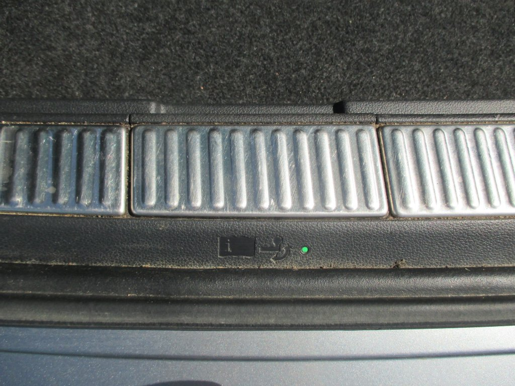 Škoda Superb 2.0 Tdi 110 kw 4x4 Style Combi