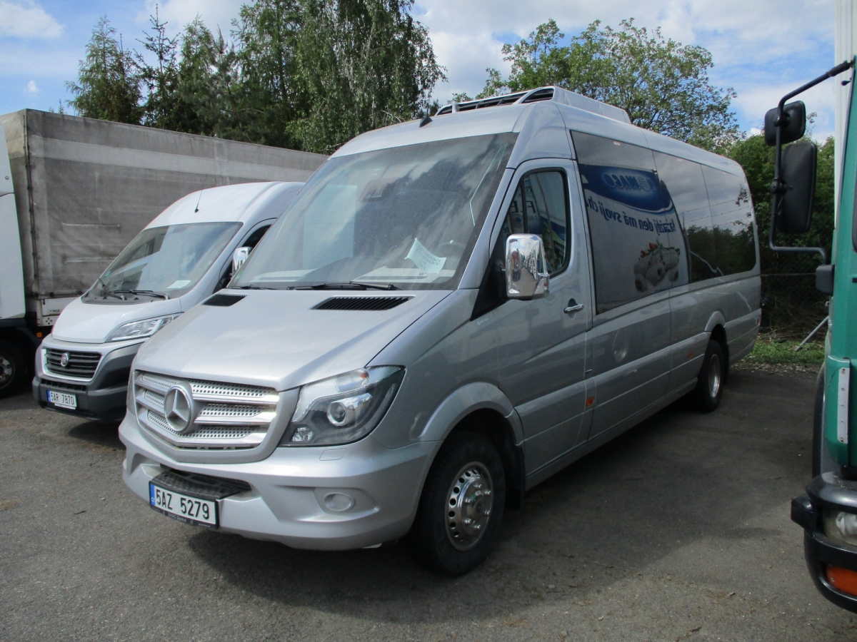 Mercedes-Benz  519 Sprinter