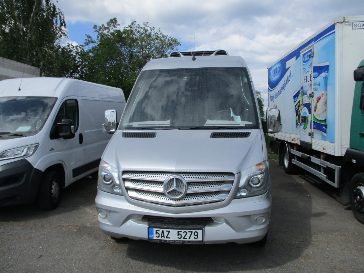 Mercedes-Benz  519 Sprinter