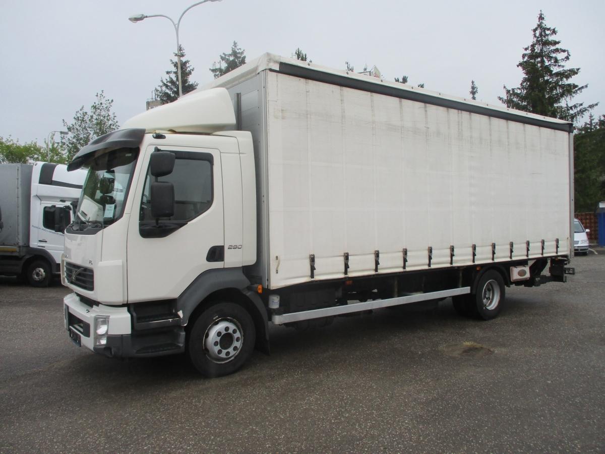 Volvo  FL 12.290 3 str. shrnování