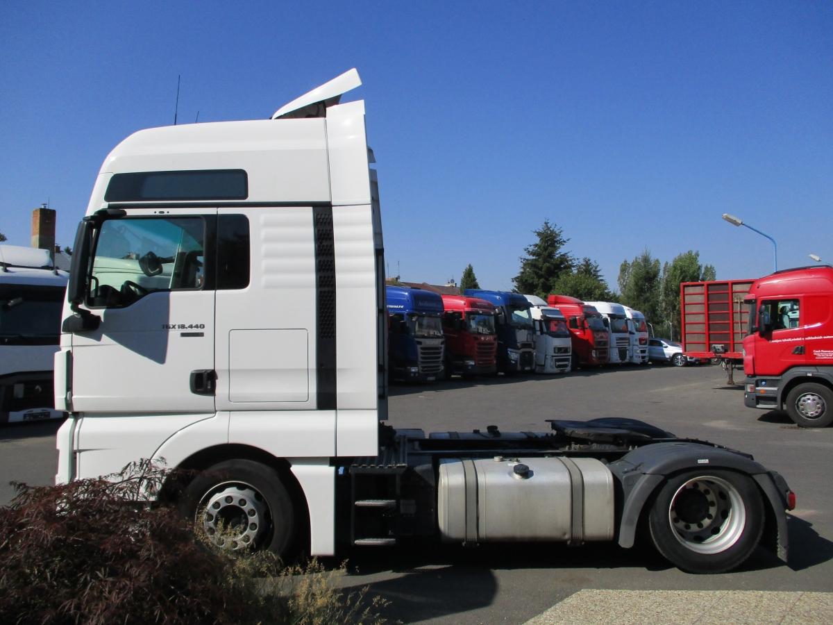MAN  TGX18.440 EURO 6 MEGA/lowdeck