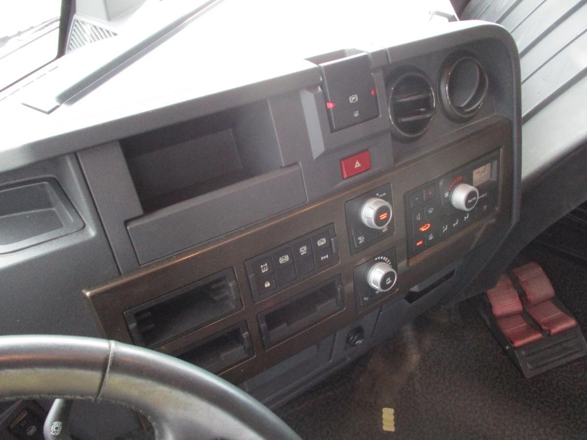 Renault  T520 MEGA/lowdeck EURO 6