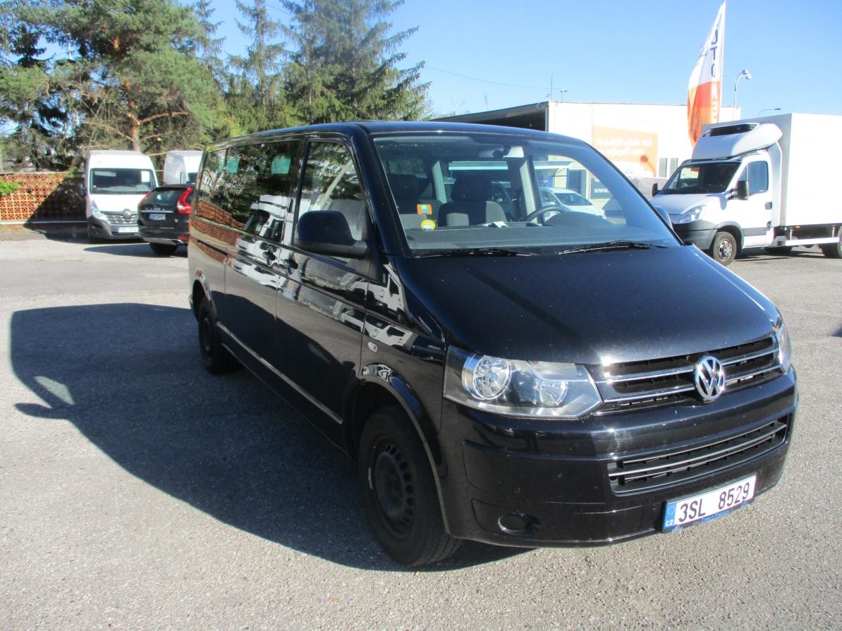 Volkswagen  9 sedaček, long