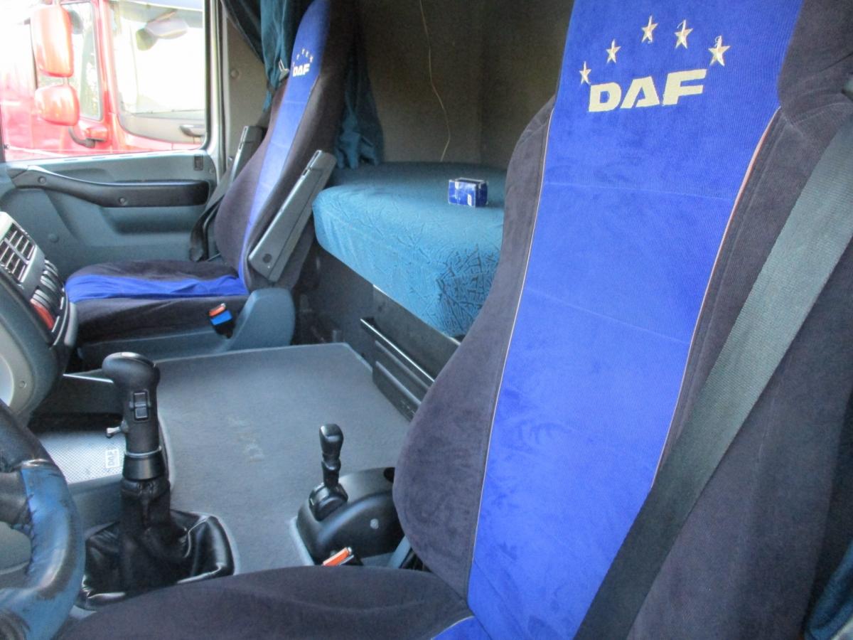 DAF  XF95.430 6x2 EURO 3 + Schwarzmuller
