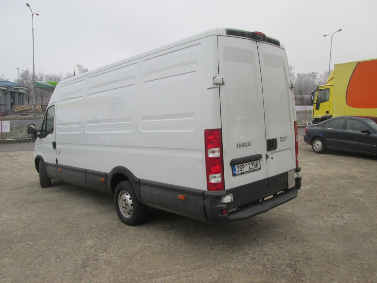 Iveco Daily 35S17  L3H3