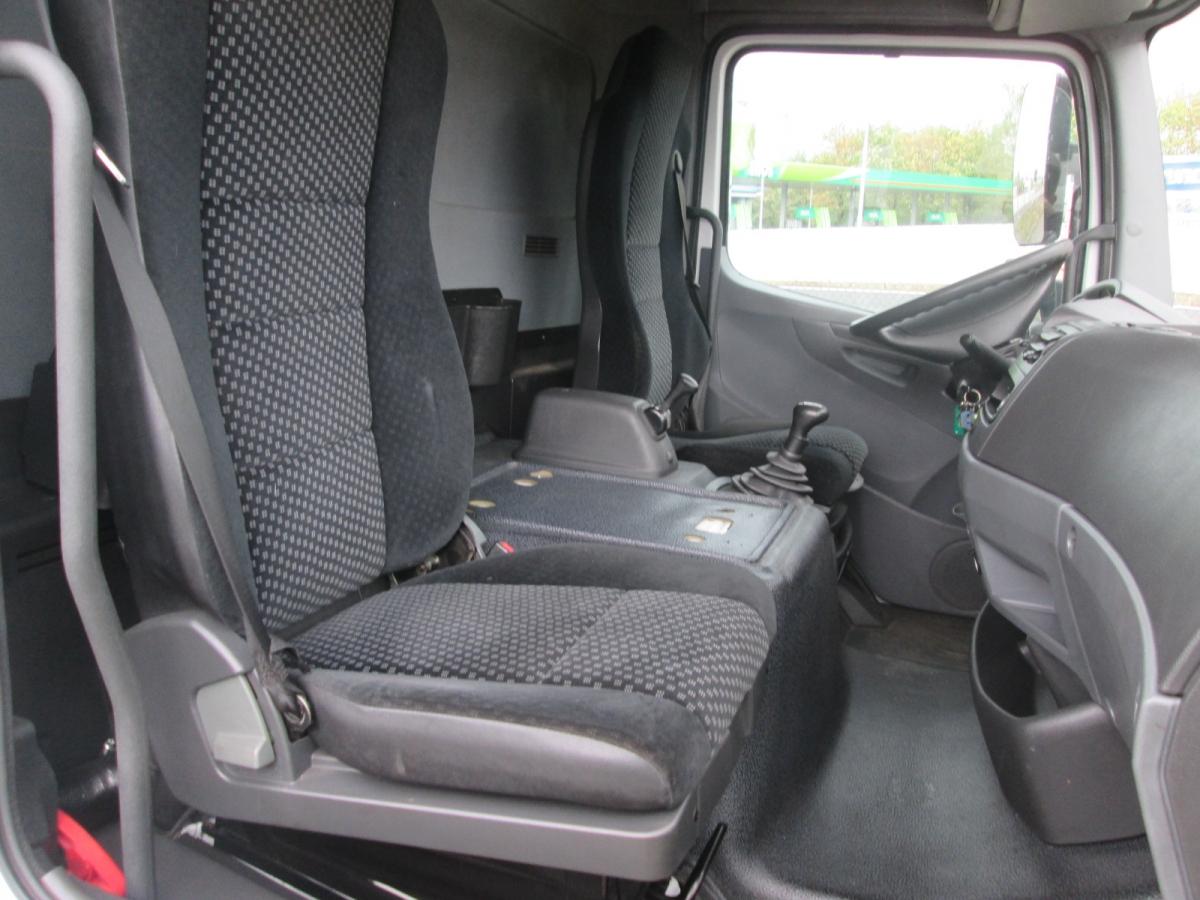 Mercedes-Benz  Atego 818 EEV